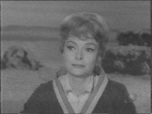 Maureen Robinson
